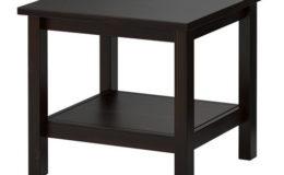 Malý stolek z masivního dřeva - 180 Kč/den